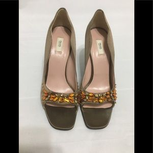 Prada jewel embellished peep toe pumps sz 32.5/2.5